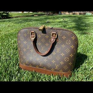 Louis Vuitton Pm Alma